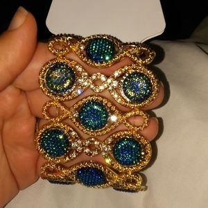 Beautiful Ellen Tracy bracelet